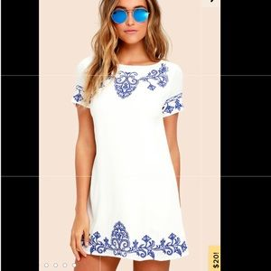 Lulu's embroidered white dress - Small - new